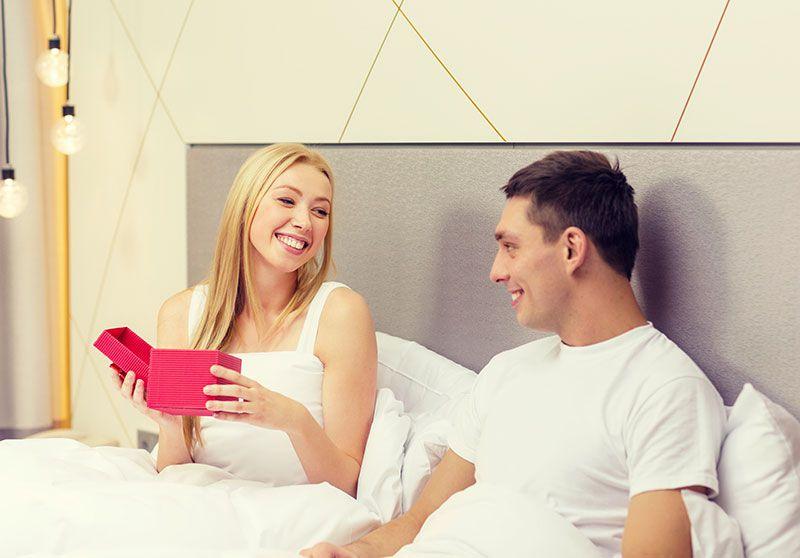 Morgengave | Få ideer til morgengaver til ham & hende
